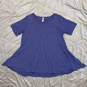 LuLaroe blue Flowy/Comfy top